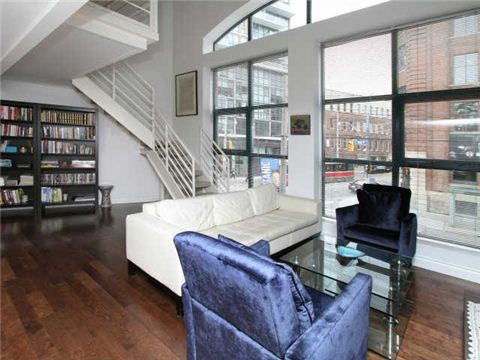 Main Photo: 393 King St E Unit #210 in Toronto: Moss Park Condo for sale (Toronto C08)  : MLS® # C3223001
