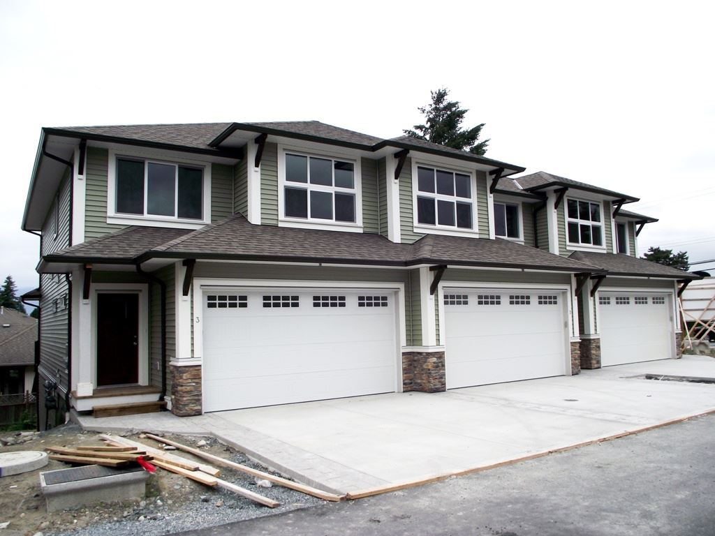 Main Photo: 9 6491 VEDDER ROAD in Chilliwack: Vedder S Watson-Promontory Townhouse for sale (Sardis)  : MLS®# R2073630