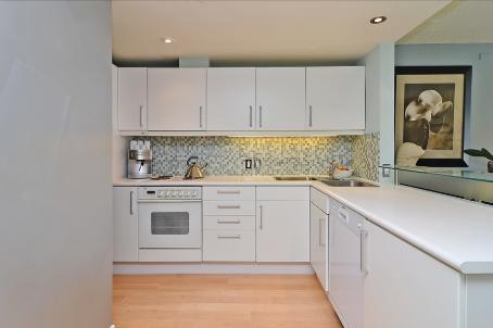 Photo 5: 06 39 Roehampton Avenue in Toronto: Mount Pleasant West Condo for sale (Toronto C10)  : MLS® # C2590106