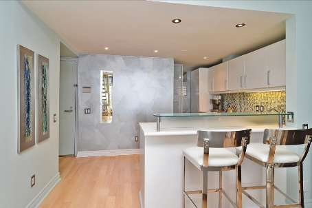 Photo 4: 06 39 Roehampton Avenue in Toronto: Mount Pleasant West Condo for sale (Toronto C10)  : MLS® # C2590106