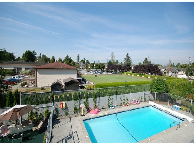 "Photo 8: # 203 11816 88TH AV in Delta: Annieville Condo for sale in ""Sungod Villa"" (N. Delta)  : MLS(r) # F1312271"