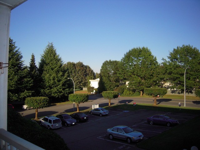 "Photo 14: 202 32950 AMICUS Place in Abbotsford: Central Abbotsford Condo for sale in ""The Haven"" : MLS® # F1321625"