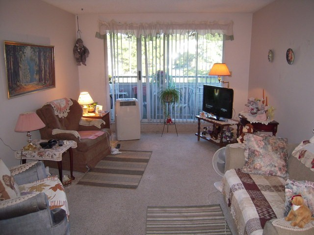 "Photo 2: 202 32950 AMICUS Place in Abbotsford: Central Abbotsford Condo for sale in ""The Haven"" : MLS® # F1321625"