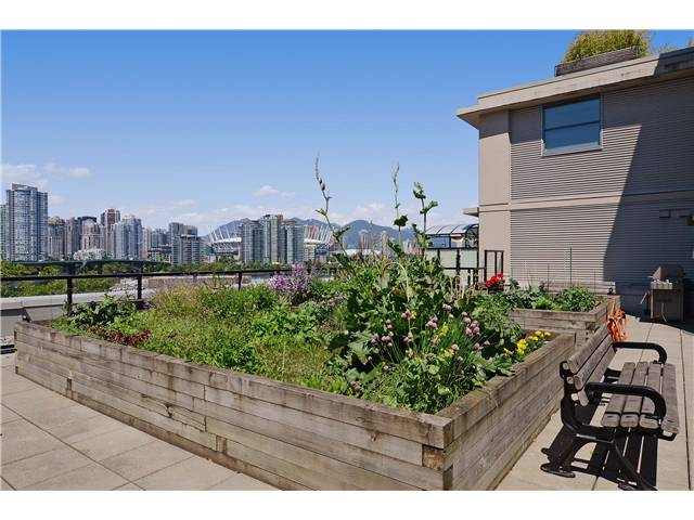 Photo 17: # 406 388 W 1ST AV in Vancouver: False Creek Condo for sale (Vancouver West)  : MLS(r) # V1069546