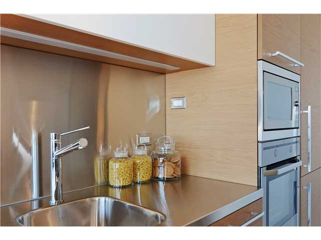 Photo 6: # 406 388 W 1ST AV in Vancouver: False Creek Condo for sale (Vancouver West)  : MLS(r) # V1069546