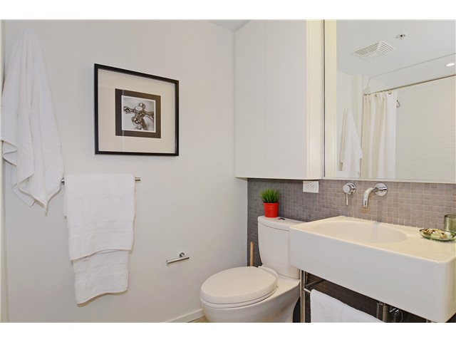 Photo 12: # 406 388 W 1ST AV in Vancouver: False Creek Condo for sale (Vancouver West)  : MLS(r) # V1069546