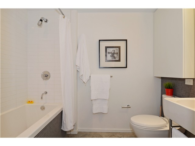 Photo 11: # 406 388 W 1ST AV in Vancouver: False Creek Condo for sale (Vancouver West)  : MLS(r) # V1069546