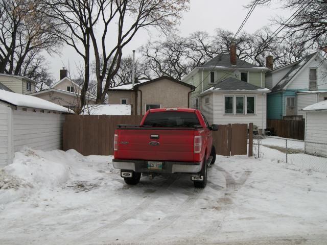 Photo 17: 664 Beresford Avenue in WINNIPEG: Manitoba Other Residential for sale : MLS(r) # 1223727