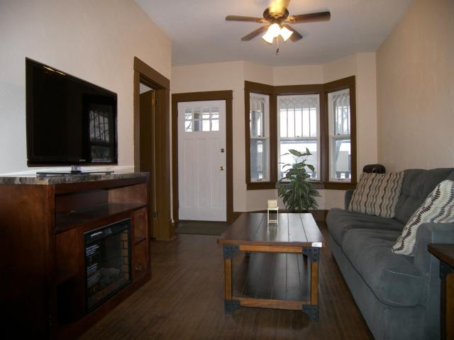 Photo 3: 664 Beresford Avenue in WINNIPEG: Manitoba Other Residential for sale : MLS(r) # 1223727