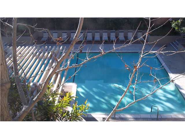 Photo 15: PACIFIC BEACH Home for sale or rent : 1 bedrooms : 1855 Diamond #332 in San Diego