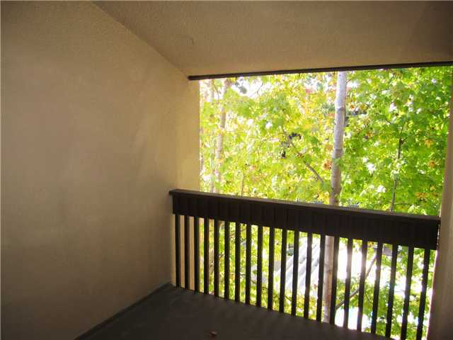 Photo 4: PACIFIC BEACH Home for sale or rent : 1 bedrooms : 1855 Diamond #332 in San Diego