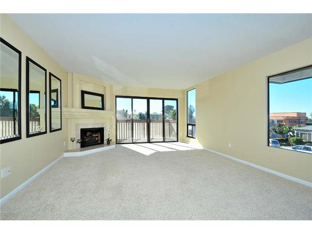 Photo 18: BAY PARK Townhome for sale : 2 bedrooms : 1927 Chicago Street #A in San Diego