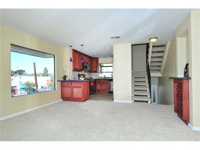 Photo 10: BAY PARK Townhome for sale : 2 bedrooms : 1927 Chicago Street #A in San Diego
