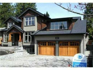 "Main Photo: 2910 WOODBINE DR in North Vancouver: Capilano Highlands House for sale in ""CAPILANO HIGHLANDS"" : MLS® # V990672"