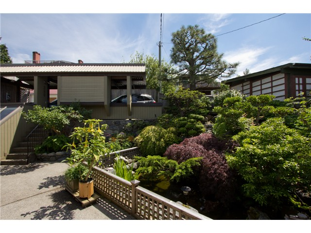 Photo 14: 280 N HYTHE AV in Burnaby: Capitol Hill BN House for sale (Burnaby North)  : MLS® # V1016342