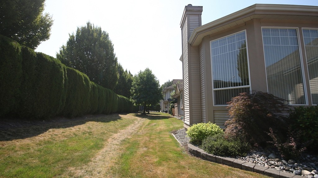 "Photo 15: 81 9025 216TH Street in Langley: Walnut Grove Townhouse for sale in ""COVENTRY WOODS"" : MLS(r) # F1421393"