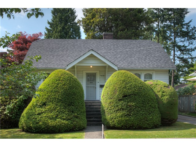 Photo 1: 413 SEVENTH AV in New Westminster: GlenBrooke North House for sale : MLS® # V1126096