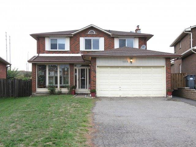 Main Photo: 1355 Underwood Dr in Mississauga: Rathwood Freehold for sale : MLS® # W3617859