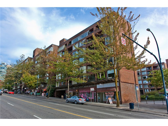 "Main Photo: 512 1330 BURRARD Street in Vancouver: Downtown VW Condo for sale in ""ANCHOR POINT"" (Vancouver West)  : MLS® # V974017"