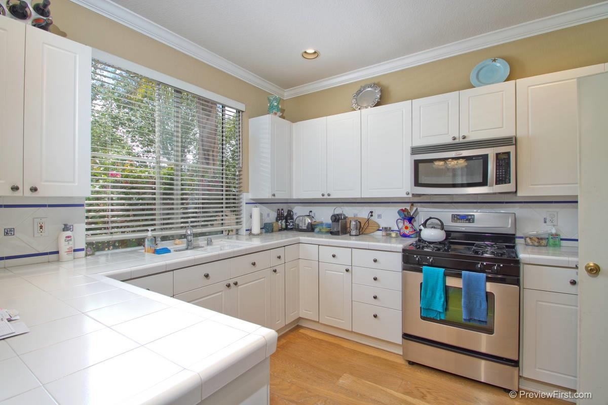 Photo 4: CARMEL VALLEY House for sale : 3 bedrooms : 11217-4 Carmel Creek Road in San Diego