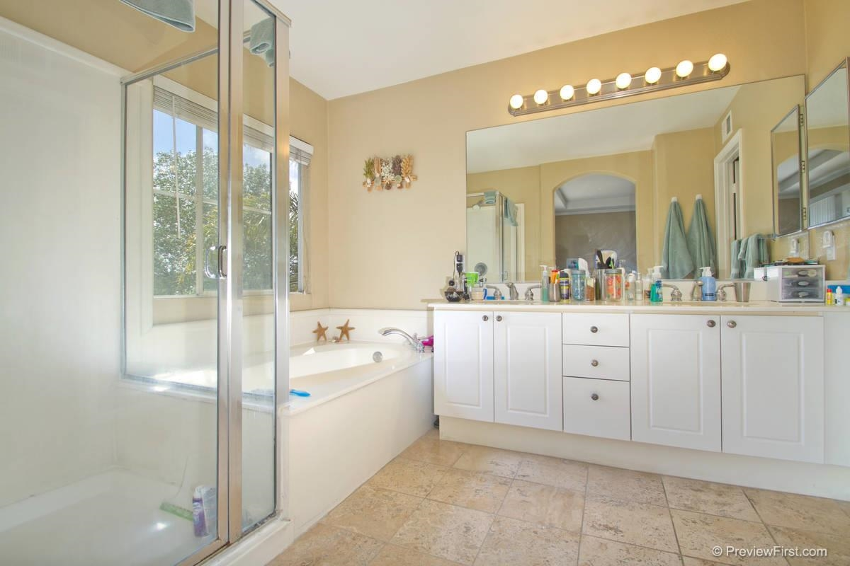 Photo 12: CARMEL VALLEY House for sale : 3 bedrooms : 11217-4 Carmel Creek Road in San Diego