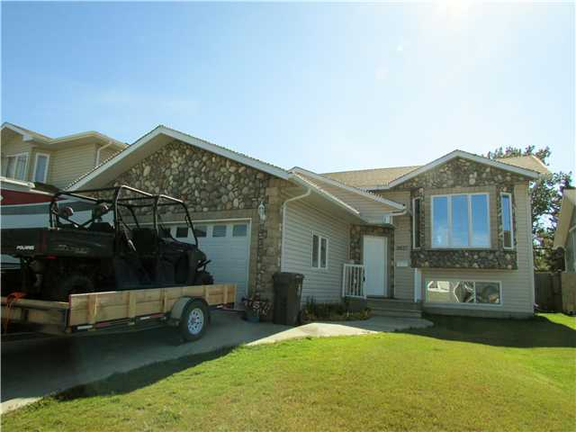 "Main Photo: 9627 113TH Avenue in Fort St. John: Fort St. John - City NE House for sale in ""BERT AMBROSE"" (Fort St. John (Zone 60))  : MLS®# N239467"