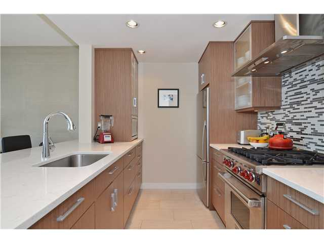 Photo 5: # 1206 638 BEACH CR in Vancouver: Yaletown Condo for sale (Vancouver West)  : MLS® # V1125146