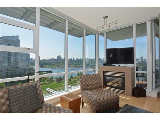 Photo 3: # 1206 638 BEACH CR in Vancouver: Yaletown Condo for sale (Vancouver West)  : MLS® # V1125146