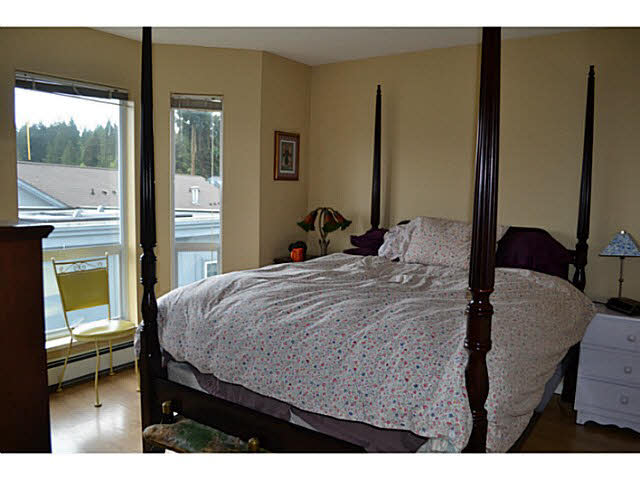 Photo 10: 17 5740 MARINE WAY in Sechelt: Sechelt District Townhouse for sale (Sunshine Coast)  : MLS® # V1118432