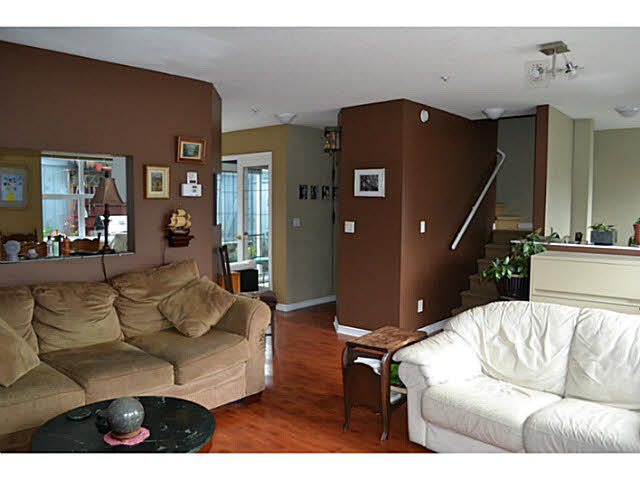 Photo 5: 17 5740 MARINE WAY in Sechelt: Sechelt District Townhouse for sale (Sunshine Coast)  : MLS® # V1118432