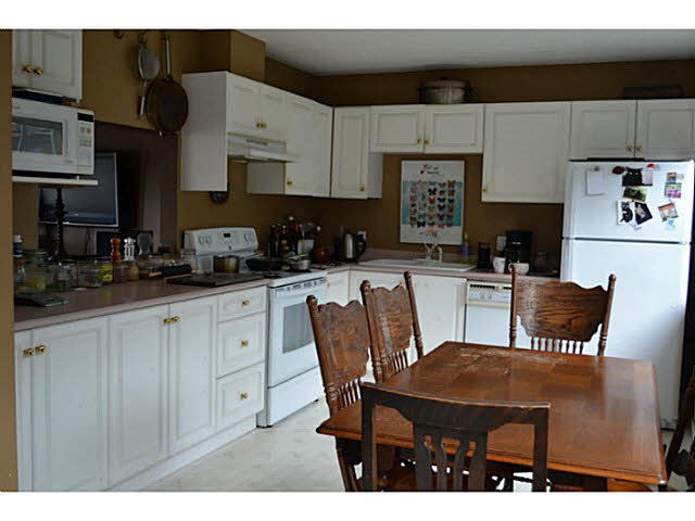 Photo 7: 17 5740 MARINE WAY in Sechelt: Sechelt District Townhouse for sale (Sunshine Coast)  : MLS® # V1118432
