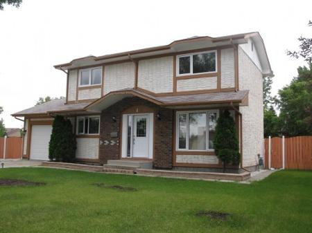 Main Photo: Wonderful 4 Bedroom Two Storey