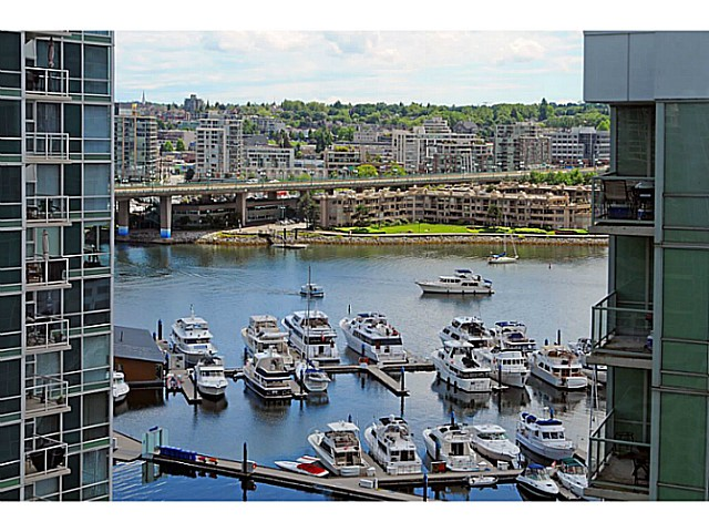 Main Photo: # 1608 193 AQUARIUS ME in Vancouver: Yaletown Condo for sale (Vancouver West)  : MLS® # V1013693