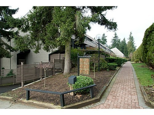Main Photo: 301 7377 SALISBURY Ave in Burnaby South: Highgate Home for sale ()  : MLS(r) # V988131