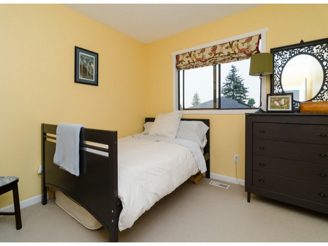 Photo 16: 14306 16A AV in Surrey: Sunnyside Park Surrey House for sale (South Surrey White Rock)  : MLS® # F1420330