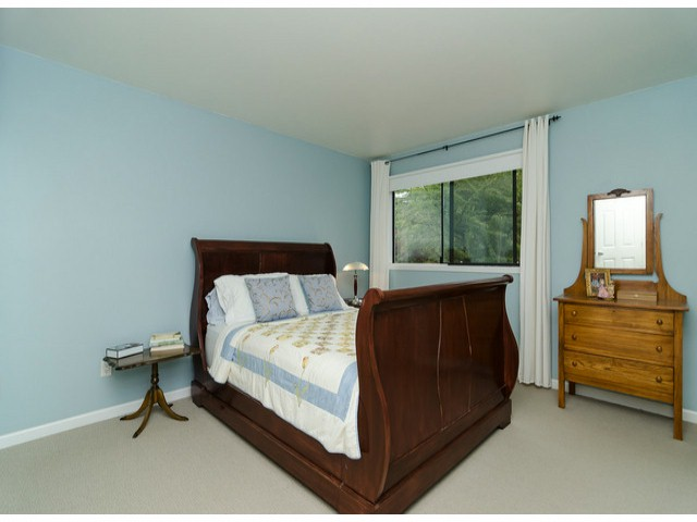 Photo 12: 14306 16A AV in Surrey: Sunnyside Park Surrey House for sale (South Surrey White Rock)  : MLS® # F1420330