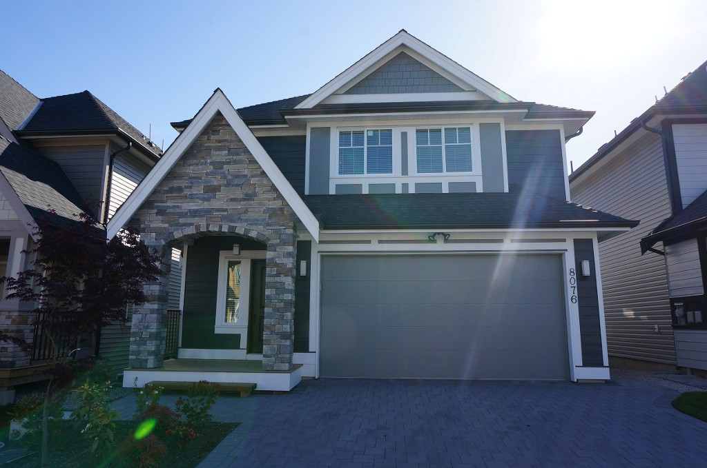 Main Photo: 8076 209a St. in Langley: Willoughby Heights House for sale : MLS® # F1428946