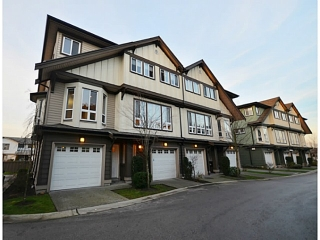 "Main Photo: 4 160 PEMBINA Street in New Westminster: Queensborough Townhouse for sale in ""EAGLE CREST ESTATES"" : MLS®# V984672"