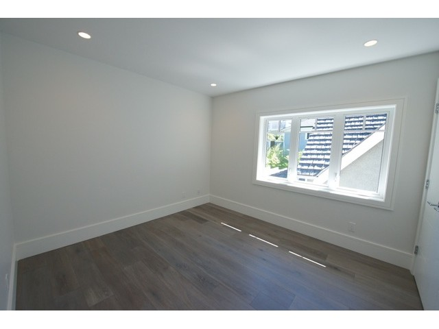 Photo 15: 431 W 14TH Avenue in Vancouver: Mount Pleasant VW House 1/2 Duplex for sale (Vancouver West)  : MLS(r) # V1018039