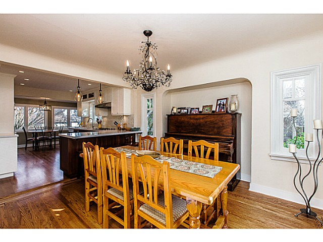 Photo 5: 331 ARBUTUS ST in New Westminster: Queens Park House for sale : MLS(r) # V1101805