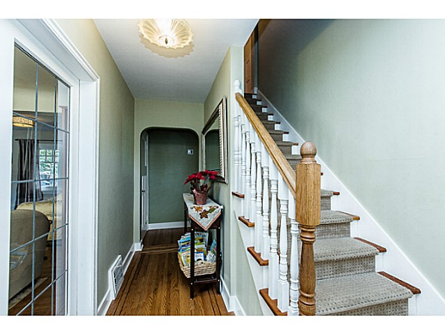 Photo 2: 331 ARBUTUS ST in New Westminster: Queens Park House for sale : MLS(r) # V1101805