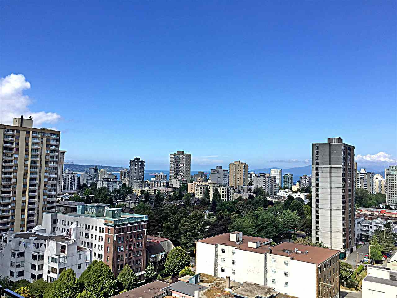 Photo 2: 1805 1028 BARCLAY STREET in Vancouver: West End VW Condo for sale (Vancouver West)  : MLS® # R2096950