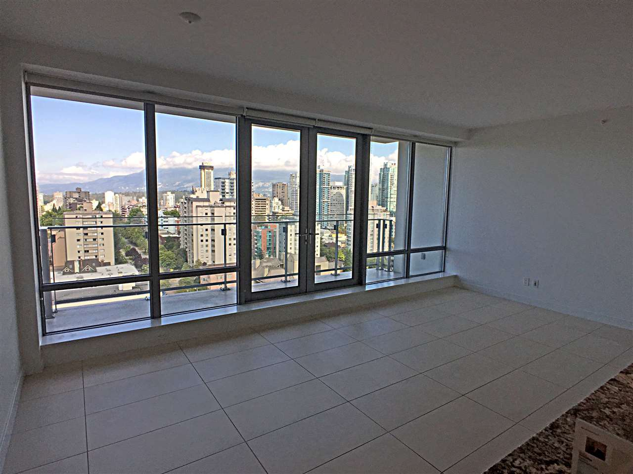 Photo 9: 1805 1028 BARCLAY STREET in Vancouver: West End VW Condo for sale (Vancouver West)  : MLS® # R2096950