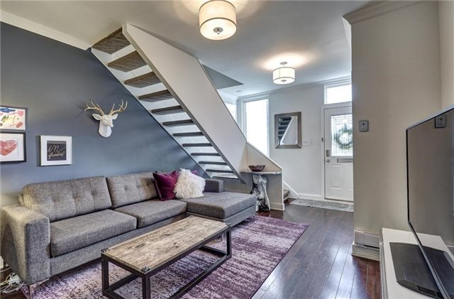 Photo 3: 7 Bisley St in Toronto: South Riverdale Freehold for sale (Toronto E01)  : MLS(r) # E3742423