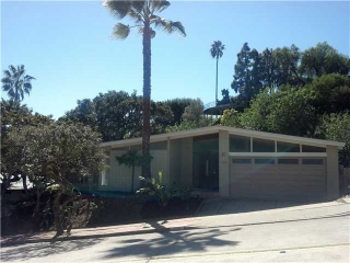 Main Photo: PACIFIC BEACH House for sale : 4 bedrooms : 4906 Pacifica Drive in San Diego