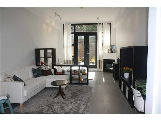 Main Photo: # 2 2156 W 12TH AV in Vancouver: Kitsilano Condo for sale (Vancouver West)  : MLS(r) # V1043447