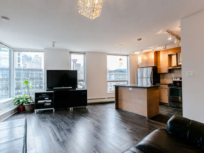 Main Photo: 1502 188 KEEFER PLACE in Vancouver: Downtown VW Condo for sale (Vancouver West)  : MLS(r) # R2048752