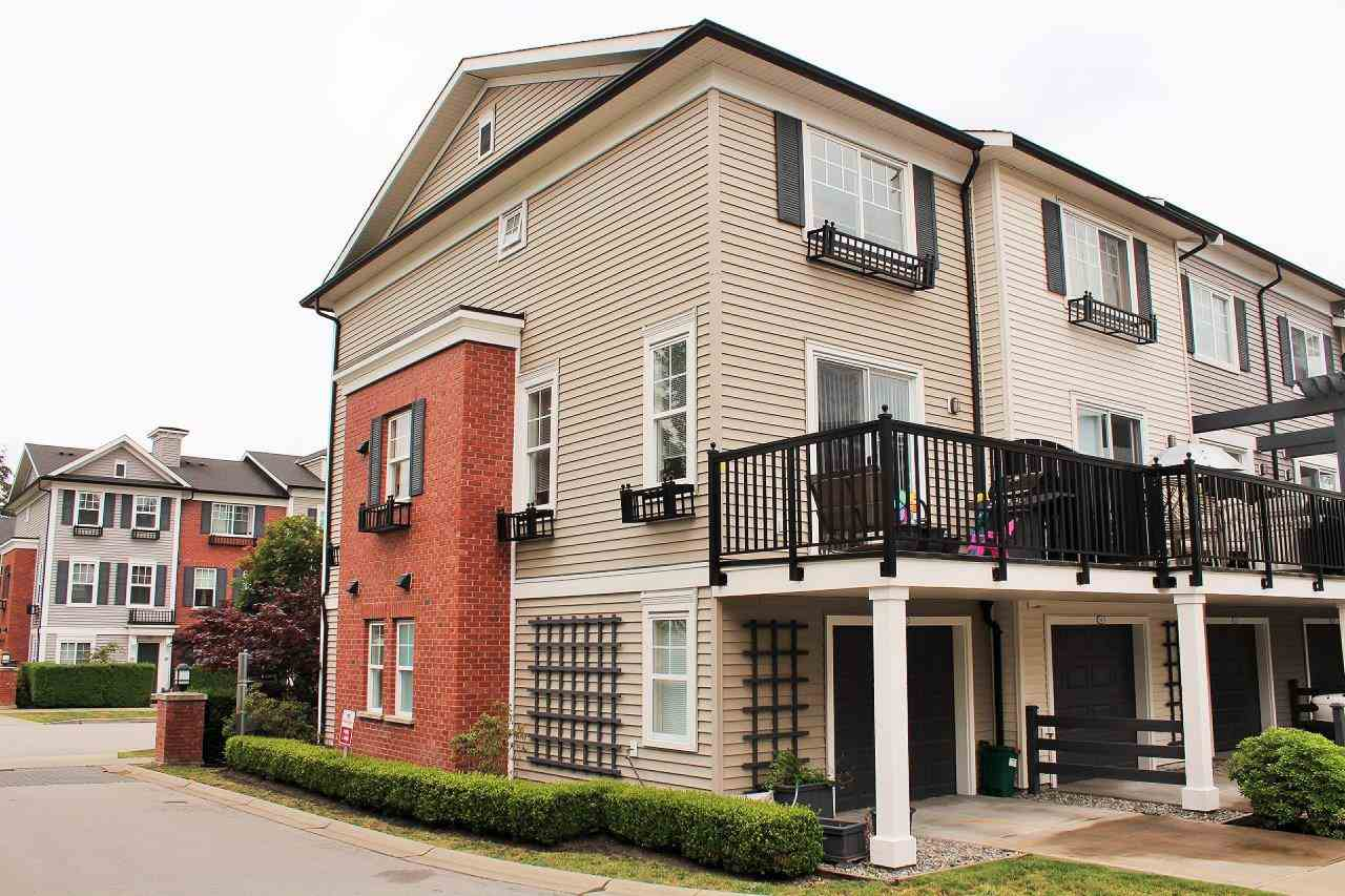 Photo 9: 55 7238 189 STREET in Surrey: Clayton Townhouse for sale (Cloverdale)  : MLS® # R2073025
