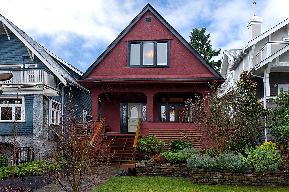Main Photo: 3256 W 2ND Avenue in Vancouver: Kitsilano House for sale (Vancouver West)  : MLS(r) # V934063