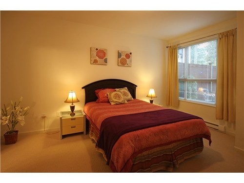 Photo 5: 112 2484 WILSON Ave in Port Coquitlam: Central Pt Coquitlam Home for sale ()  : MLS(r) # V919803